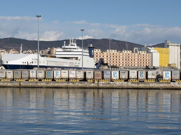 Graziella Reggio - harbors - Trieste 2020